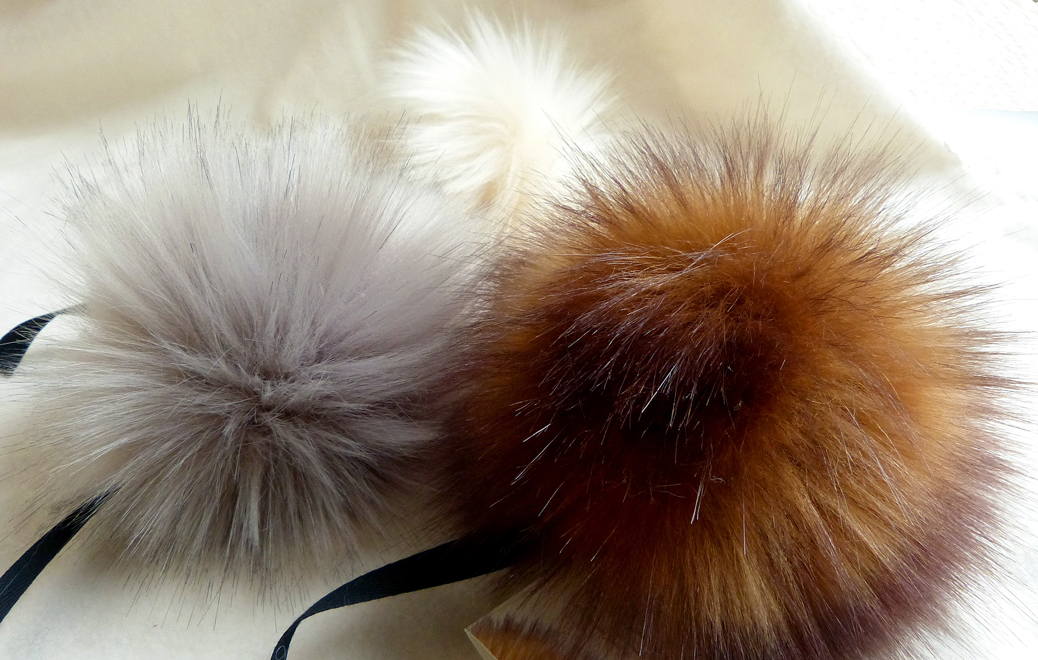 Rowan Faux Fur Vegan Pom Poms - 100% handmade in Austria from carefully selected synthetic fibre